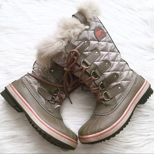 Sorel Tofino Organza Lace Up Waterproof Boots
